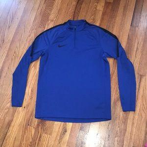 NWOT Nike quarter zip sweater
